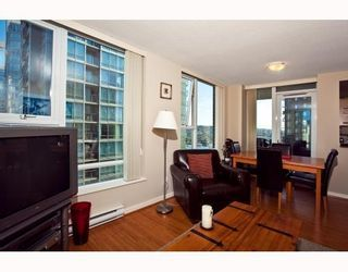 Photo 4: # 2208 550 PACIFIC ST in Vancouver: Condo for sale : MLS®# V782944