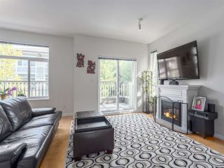Photo 2: 22 40632 GOVERNMENT ROAD in Squamish: Brackendale Townhouse for sale : MLS®# R2189076
