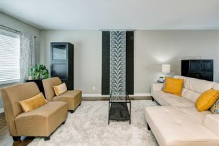 Photo 3: 3039 25A Street SW in Calgary: Richmond Detached for sale : MLS®# C4271710