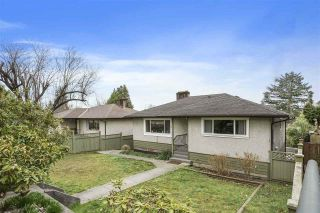 Photo 2: 6436 BROADWAY in Burnaby: Parkcrest House for sale (Burnaby North)  : MLS®# R2560931