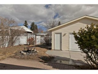 Photo 24: 724 LYSANDER Drive SE in Calgary: Lynnwood_Riverglen House for sale : MLS®# C3656384