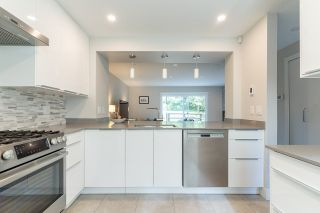 """Photo 4: 282A EVERGREEN Drive in Port Moody: College Park PM Townhouse for sale in """"Evergreen"""" : MLS®# R2570178"""
