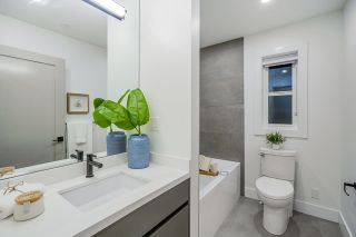 Photo 10: 2077 E 6TH Avenue in Vancouver: Grandview Woodland 1/2 Duplex for sale (Vancouver East)  : MLS®# R2622238