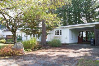 """Photo 2: 40216 KINTYRE Drive in Squamish: Garibaldi Highlands House for sale in """"Garibaldi Highlands"""" : MLS®# R2623133"""