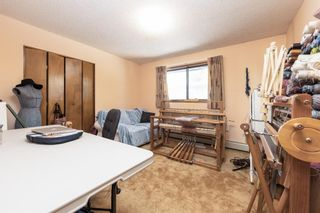 Photo 15: 7103 Bow Crescent NW in Calgary: Bowness Detached for sale : MLS®# A1123858