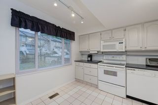 """Photo 7: 516 LEHMAN Place in Port Moody: North Shore Pt Moody Townhouse for sale in """"Eagle Point"""" : MLS®# R2424791"""