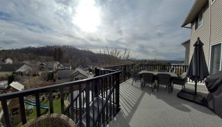 Photo 1: 35560 CATHEDRAL Court in Abbotsford: Abbotsford East House for sale : MLS®# R2549799