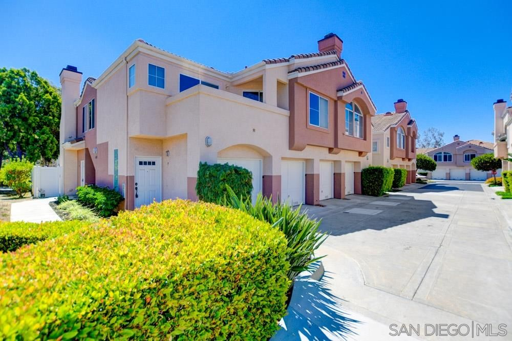 Main Photo: CHULA VISTA Townhouse for sale : 2 bedrooms : 404 Sanibelle #19