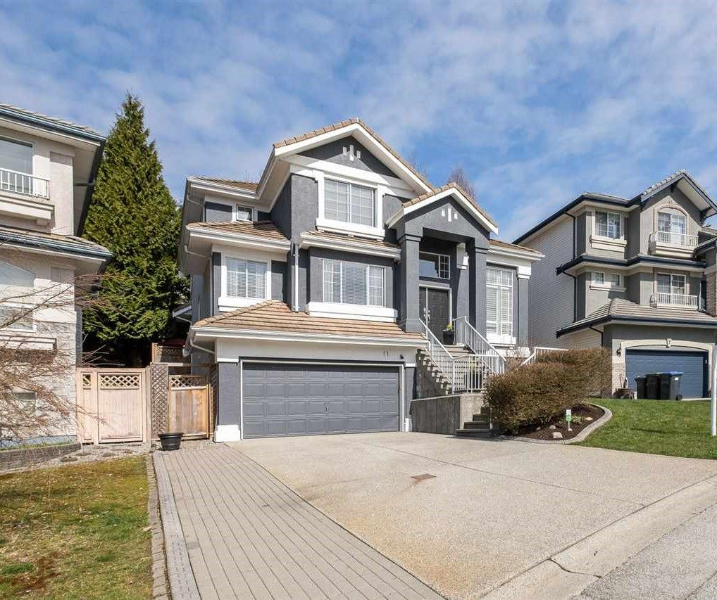 """Main Photo: 11 LINDEN Court in Port Moody: Heritage Woods PM House for sale in """"HERITAGE MOUNTAIN"""" : MLS®# R2564021"""