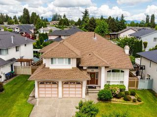 Photo 1: 16105 80A Avenue in Surrey: Fleetwood Tynehead House for sale : MLS®# R2590418