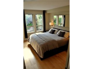 """Photo 19: 2575 EAST Mall in Vancouver: University VW Townhouse for sale in """"LOGAN LANE"""" (Vancouver West)  : MLS®# V839250"""