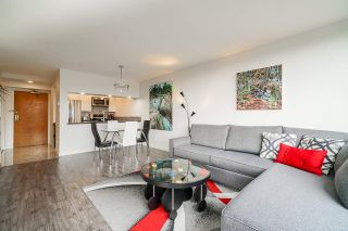 """Photo 5:  in Burnaby: Cariboo Condo for sale in """"STRATHMORE TOWERS"""" (Burnaby North)  : MLS®# R2546524"""