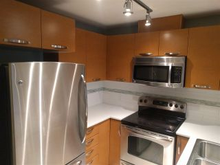 """Photo 7: 508 7478 BYRNEPARK Walk in Burnaby: South Slope Condo for sale in """"GREEN"""" (Burnaby South)  : MLS®# R2426563"""