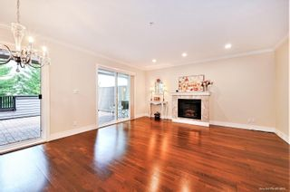 """Photo 7: 1119 ST. ANDREWS Avenue in North Vancouver: Central Lonsdale Townhouse for sale in """"St. Andrews Gardens"""" : MLS®# R2605968"""