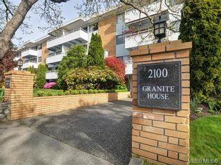 Photo 1: 212 2100 Granite St in VICTORIA: OB South Oak Bay Condo for sale (Oak Bay)  : MLS®# 752114