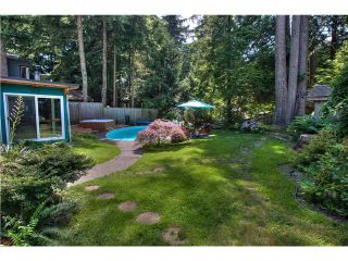 Photo 13: 1485 Riverside Drive in North Vancouver: Seymour House for sale : MLS®# V1018881