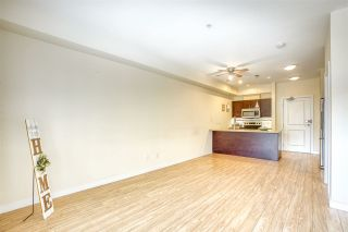 """Photo 4: 210 5655 INMAN Avenue in Burnaby: Central Park BS Condo for sale in """"NORTH PARC"""" (Burnaby South)  : MLS®# R2449470"""
