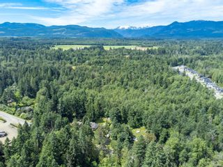 Photo 3: 2555 Cumberland Rd in Courtenay: CV Courtenay City Unimproved Land for sale (Comox Valley)  : MLS®# 879243