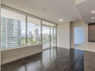 """Photo 3: 1106 6383 MCKAY Avenue in Burnaby: Metrotown Condo for sale in """"Gold House North Tower"""" (Burnaby South)  : MLS®# R2489328"""
