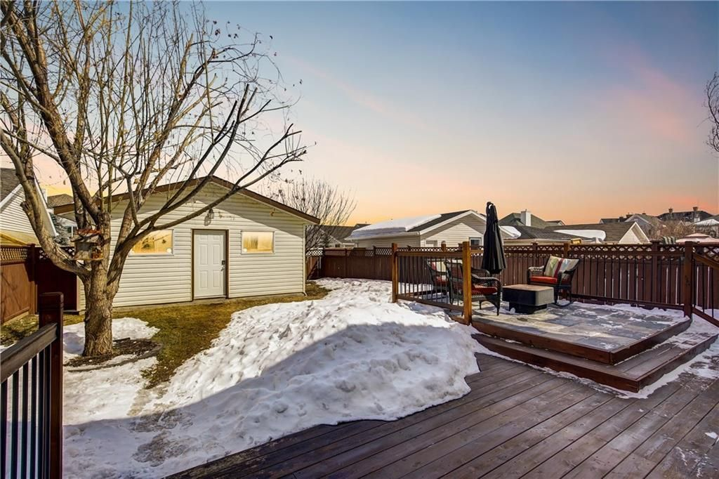Photo 26: Photos: 32 INVERNESS Boulevard SE in Calgary: McKenzie Towne House for sale : MLS®# C4175544
