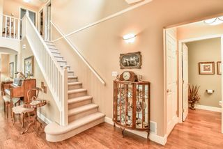 """Photo 5: 4 6488 168 Street in Surrey: Cloverdale BC Townhouse for sale in """"TURNBERRY"""" (Cloverdale)  : MLS®# R2298563"""