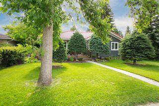 Photo 3: 4212 45 Street SW in Calgary: Glamorgan Detached for sale : MLS®# C4305882