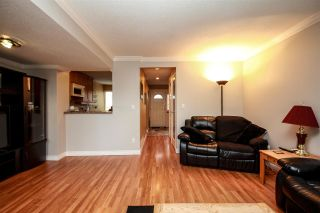 "Photo 3: 45 9380 128 Street in Surrey: Queen Mary Park Surrey Townhouse for sale in ""SURREY MEADOWS"" : MLS®# R2361495"