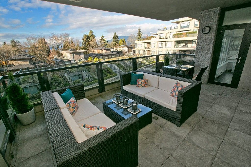 """Photo 11: Photos: 201 6093 IONA Drive in Vancouver: University VW Condo for sale in """"THE COAST"""" (Vancouver West)  : MLS®# V1047371"""