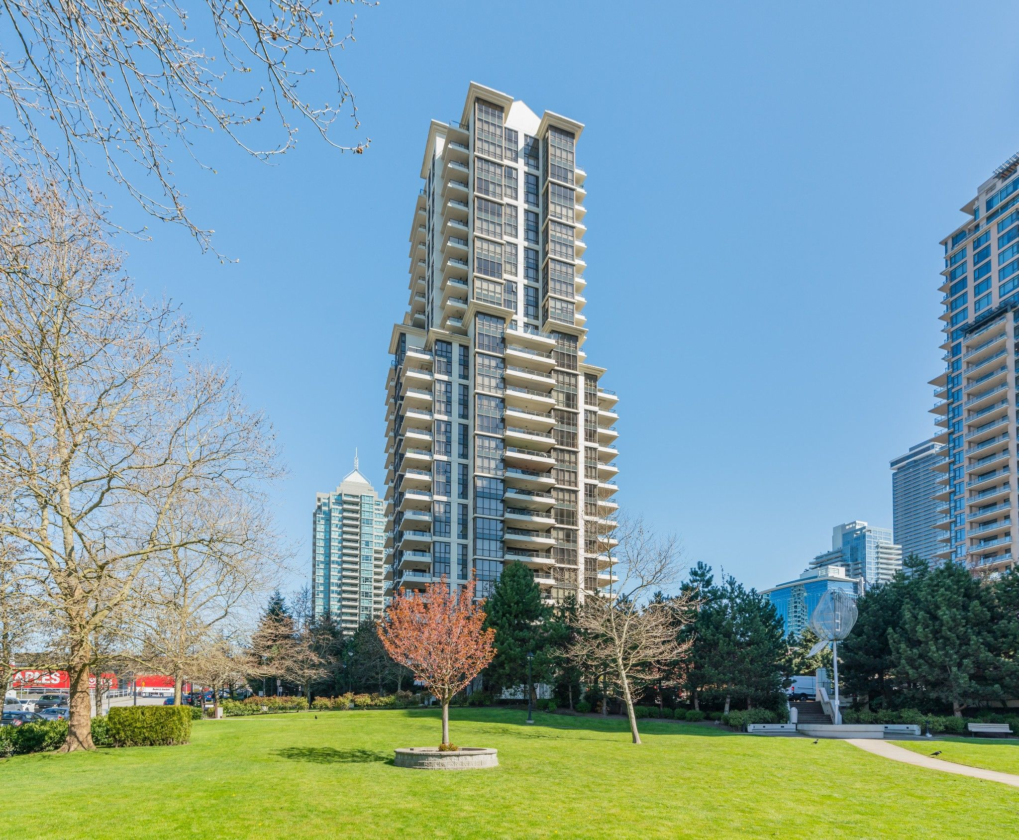 """Main Photo: #1307 - 2088 Madison Ave, in Burnaby: Brentwood Park Condo for sale in """"Renaissance Towers"""" (Burnaby North)  : MLS®# R2569418"""