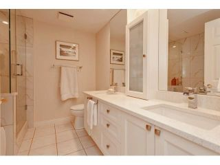 Photo 15: # 402 1725 128TH ST in Surrey: Crescent Bch Ocean Pk. Condo for sale (South Surrey White Rock)  : MLS®# F1441077