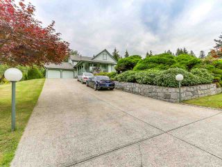 Photo 3: 3475 BAYCREST Avenue in Coquitlam: Burke Mountain House for sale : MLS®# R2571283