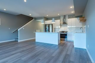 Photo 4: SL 30 623 Crown Isle Blvd in Courtenay: CV Crown Isle Row/Townhouse for sale (Comox Valley)  : MLS®# 874151