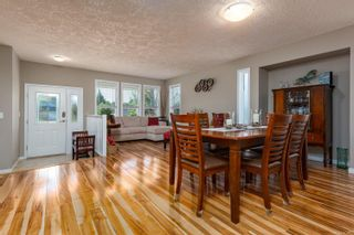 Photo 8: 2496 E 9th St in : CV Courtenay East House for sale (Comox Valley)  : MLS®# 883278