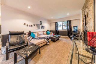 Photo 3: 21096 PENNY Lane in Maple Ridge: Southwest Maple Ridge House for sale : MLS®# R2223067