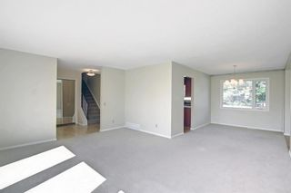 Photo 6: 216 Silver Springs Green NW in Calgary: Silver Springs Detached for sale : MLS®# A1147085