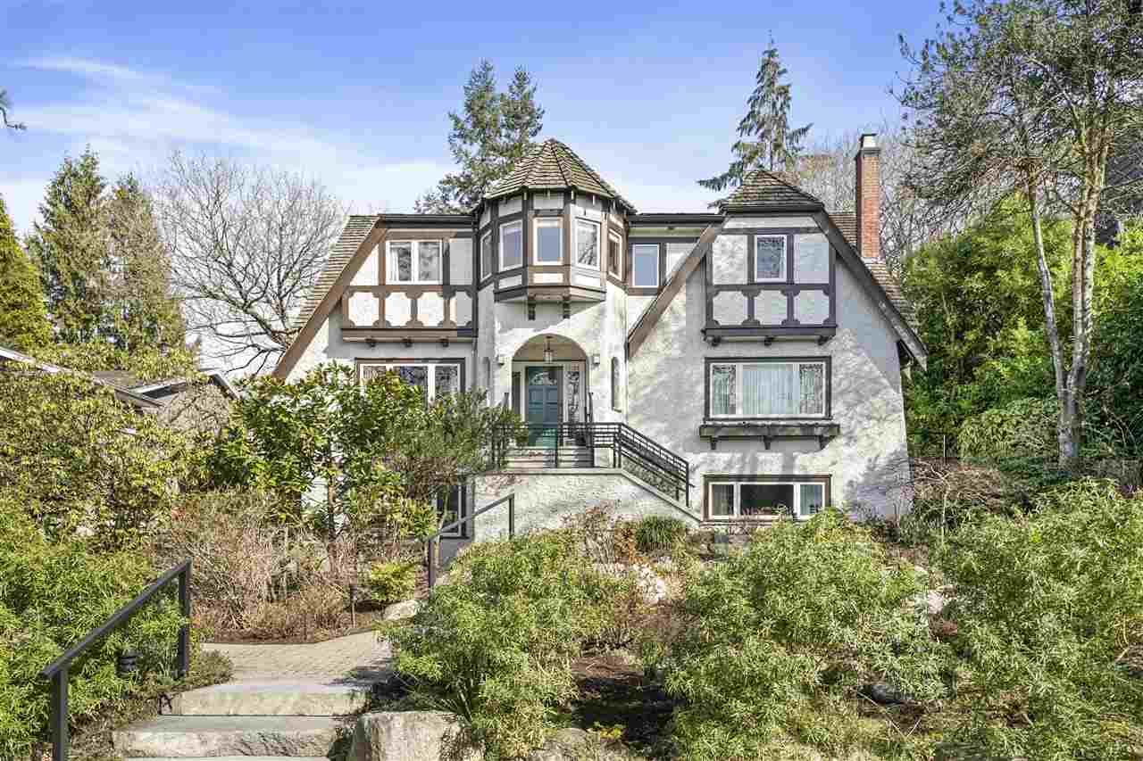 """Main Photo: 4120 MAPLE Crescent in Vancouver: Quilchena House for sale in """"Quilchena"""" (Vancouver West)  : MLS®# R2552052"""
