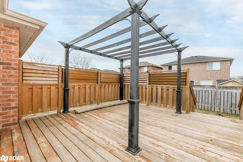 Photo 7: Photos: 28 KRAUS Road in Barrie: House for sale