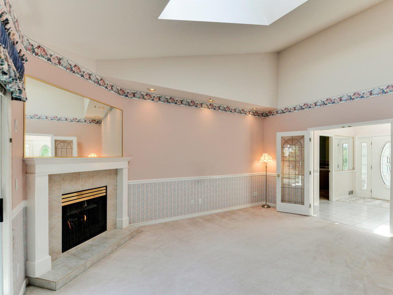 "Photo 10: Photos: 14923 24A Avenue in Surrey: Sunnyside Park Surrey House for sale in ""Sherborrke Estates"" (South Surrey White Rock)  : MLS®# R2374300"
