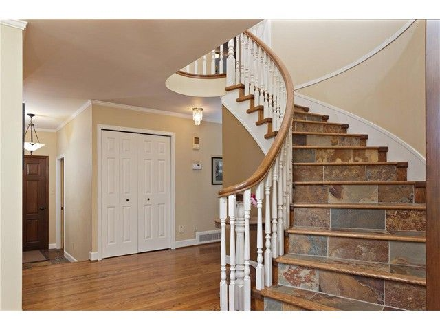 """Photo 4: Photos: 462 CONNAUGHT Drive in Tsawwassen: Pebble Hill House for sale in """"PEBBLE HILL"""" : MLS®# V1055875"""