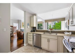 """Photo 11: 201 1725 MARTIN Drive in Surrey: Sunnyside Park Surrey Condo for sale in """"SOUTHWYND"""" (South Surrey White Rock)  : MLS®# R2588557"""