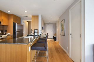 "Photo 3: 1802 638 BEACH Crescent in Vancouver: Yaletown Condo for sale in ""Icon"" (Vancouver West)  : MLS®# R2538936"
