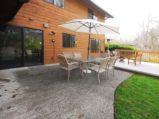 Photo 13: 4057 Tyne Crt in Victoria: Residential for sale : MLS®# 290944