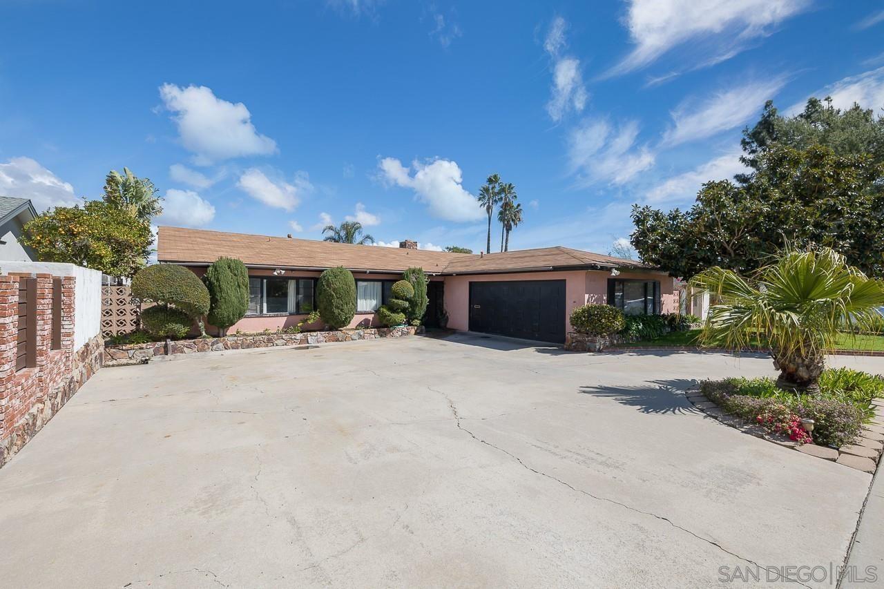 Main Photo: LA JOLLA House for sale : 4 bedrooms : 5769 Soledad Rd