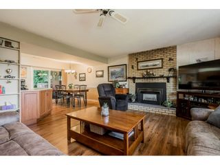 """Photo 3: 4772 238 Street in Langley: Salmon River House for sale in """"Salmon River"""" : MLS®# R2417126"""