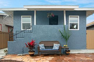 Photo 2: LOGAN HEIGHTS House for sale : 3 bedrooms : 2071 FRANKLIN AVE in San Diego
