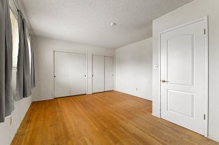 Photo 18: House for sale : 3 bedrooms : 5023 Fanuel Street in San Diego