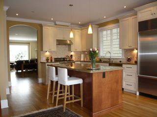 Photo 2: 3487 West 27th Avenue in Vancouver: Home for sale : MLS®# V699989