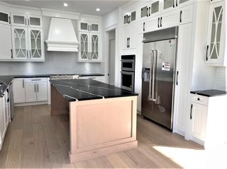 Photo 13: 11 Rockford Park NW in Calgary: Rocky Ridge Detached for sale : MLS®# A1154593