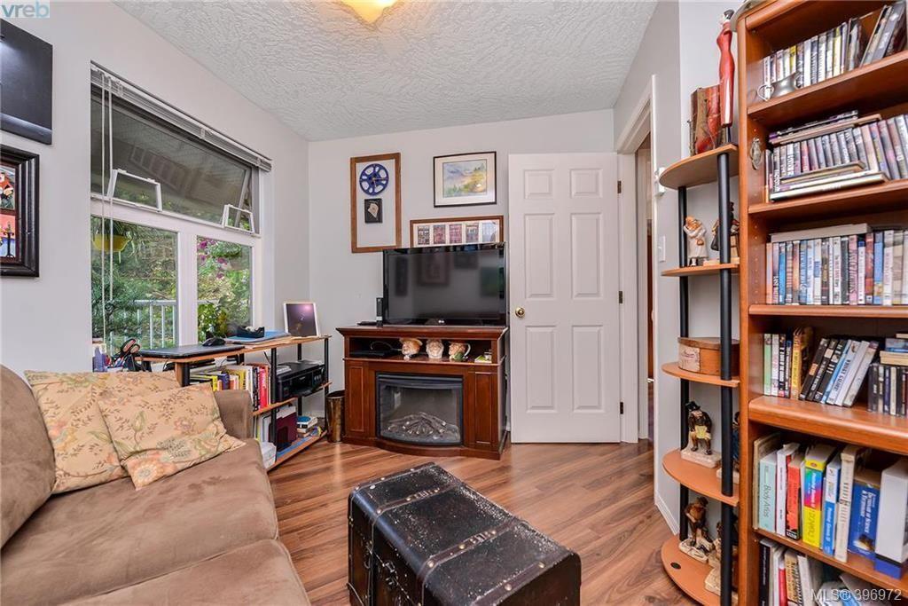 Photo 15: Photos: 203 3010 Washington Ave in VICTORIA: Vi Burnside Condo for sale (Victoria)  : MLS®# 794042