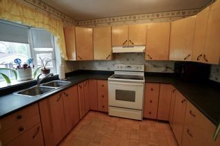 Photo 7: 3434 30A Avenue SE in Calgary: Dover Detached for sale : MLS®# A1111943